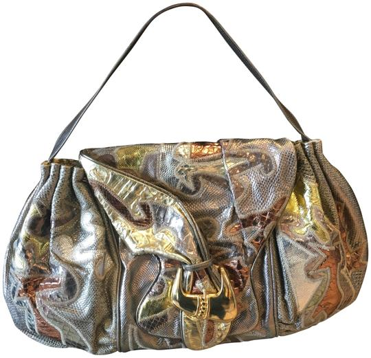 Preload https://item5.tradesy.com/images/metallic-leather-shoulder-bag-22688194-0-1.jpg?width=440&height=440