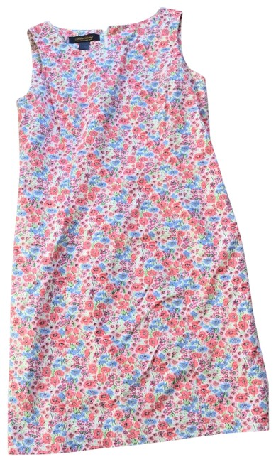 Preload https://img-static.tradesy.com/item/22688282/brooks-brothers-floral-shift-mid-length-short-casual-dress-size-4-s-0-1-650-650.jpg