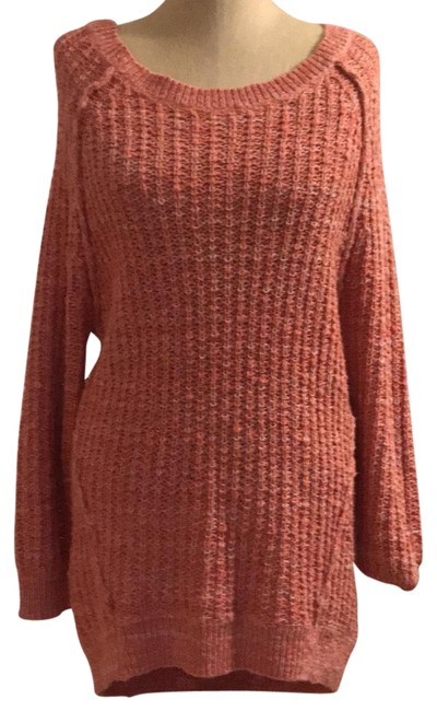Preload https://img-static.tradesy.com/item/22688454/free-people-salmon-long-loose-knit-sweaterpullover-size-6-s-0-1-650-650.jpg