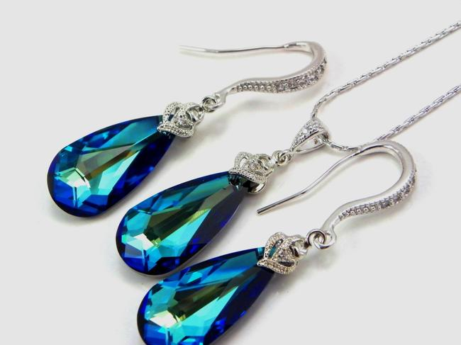 Item - Blue Bermuda Necklace and Earrings Jewelry Set