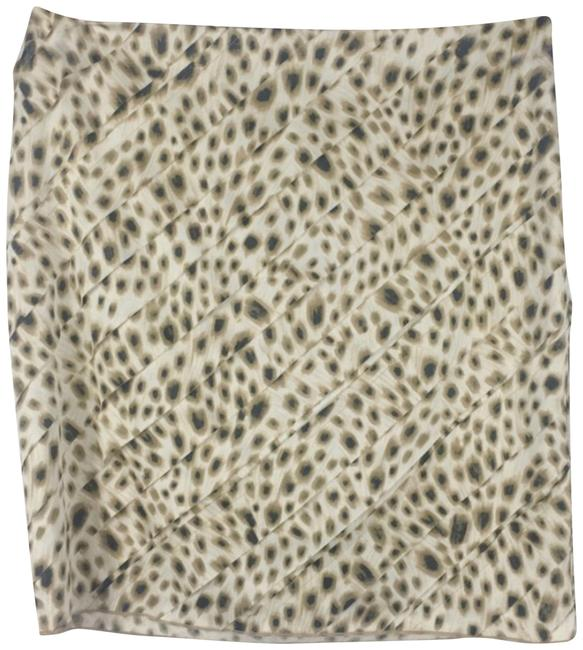 Preload https://item4.tradesy.com/images/ann-taylor-tan-leopard-print-pencil-skirt-size-4-s-27-22688628-0-1.jpg?width=400&height=650