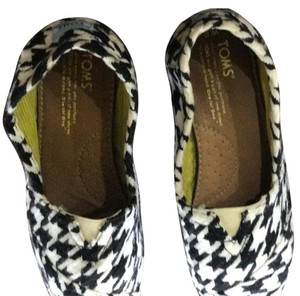 TOMS Houndstooth Flats