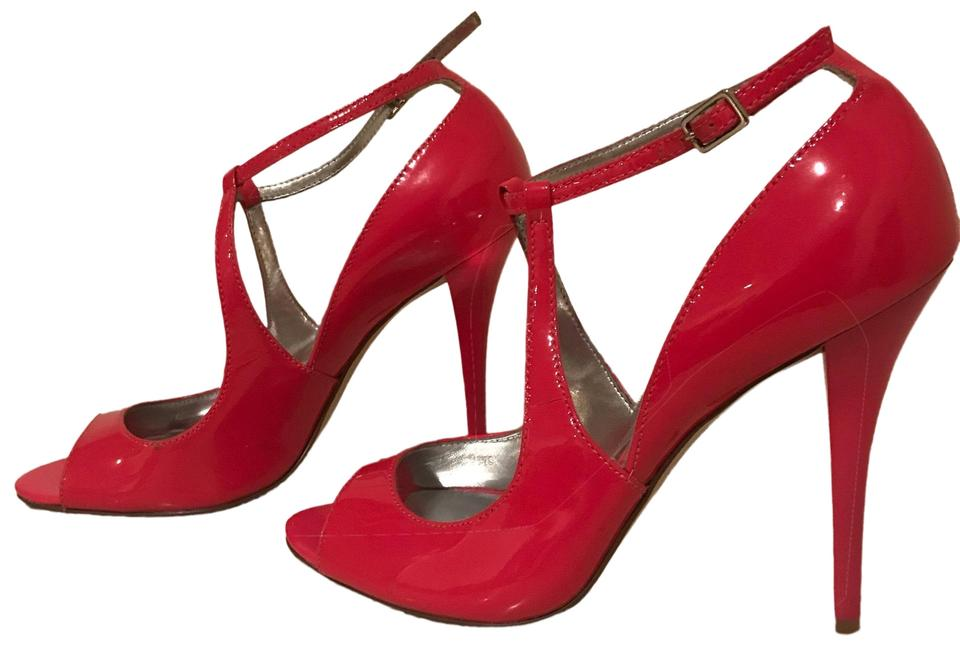 710d1348708 Guess By Marciano Pink Hot Patent Leather Strap Heels Pumps Size US 5  Regular (M, B)