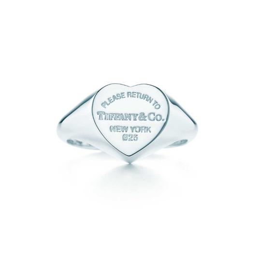 Preload https://item1.tradesy.com/images/tiffany-and-co-silver-return-to-heart-ring-22690105-0-3.jpg?width=440&height=440