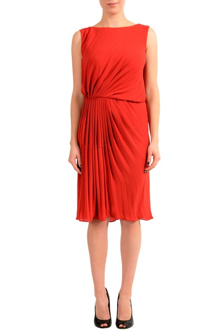 Item - Red V-8211 Mid-length Short Casual Dress Size 4 (S)