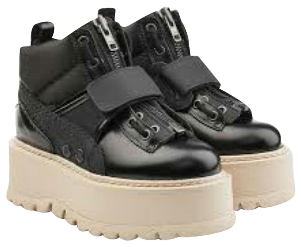 newest collection 5ab37 a14b6 Black Sneaker Boots/Booties
