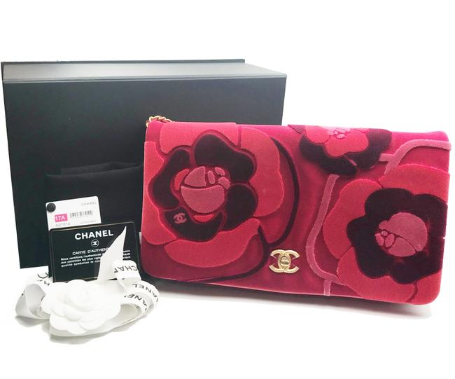 Chanel Crossbody Camellia Red Burgundy Leather Velvet Clutch Chanel Crossbody Camellia Red Burgundy Leather Velvet Clutch Image 2