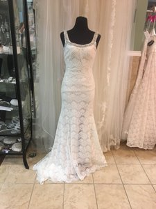 Allure Bridals Ivory/Gold Charmeuse 9170 Formal Wedding Dress Size 6 (S)