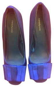 Forever 21 Blue Pumps