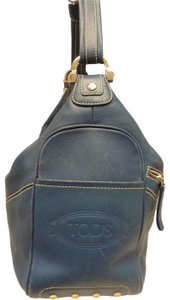 Tod's Youth Casual Designer Casual Chic Shoulder Bag