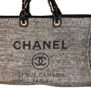 03d3320e07d0 Chanel Deauville New 2018' Grey Fabric Tote - Tradesy