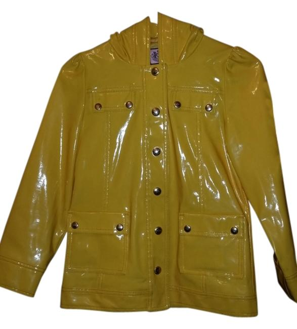 Preload https://item2.tradesy.com/images/juicy-couture-yellow-kids-spring-jacket-size-10-m-2269721-0-0.jpg?width=400&height=650