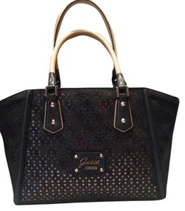 GUESS Handbag 2015 Tote in Coal