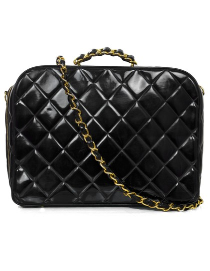 Preload https://img-static.tradesy.com/item/22697525/chanel-vintage-quilted-black-patent-leather-weekendtravel-bag-0-0-540-540.jpg