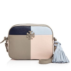 6a08ad67523 Tory Burch Thea Collection - Up to 70% off at Tradesy