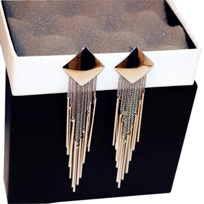 Item - Silver Plated Long Dangling Statement Tassel Earrings