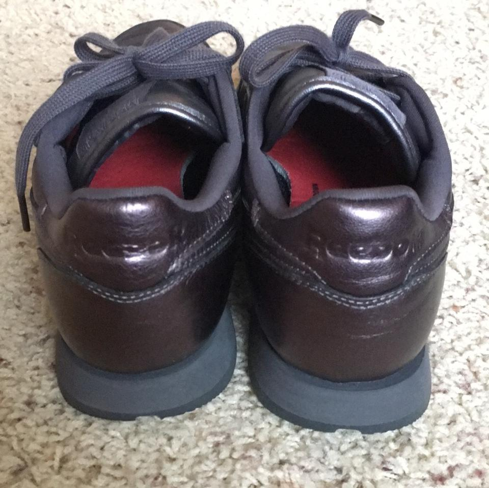 reebok brown bronze face stockholm classic leather sneakers size us 9 regular m b tradesy. Black Bedroom Furniture Sets. Home Design Ideas