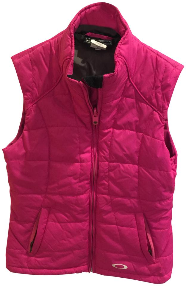 606bb686c7 Oakley Pink Quilted Vest Size 2 (XS) - Tradesy