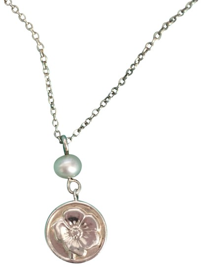 Preload https://img-static.tradesy.com/item/22699252/tiffany-and-co-sliver-nature-flower-rose-flower-round-circle-pearl-16-necklace-0-1-540-540.jpg