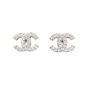 Chanel NEW!! CC crystals on light silver studded earrings
