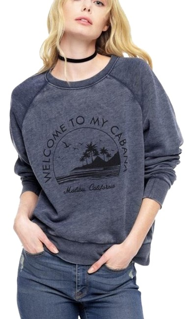 Preload https://img-static.tradesy.com/item/22699606/juicy-couture-gray-welcome-to-my-cabana-sweaterpullover-size-4-s-0-1-650-650.jpg