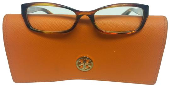 Preload https://img-static.tradesy.com/item/22699616/tory-burch-brown-clear-frame-and-case-sunglasses-0-7-540-540.jpg