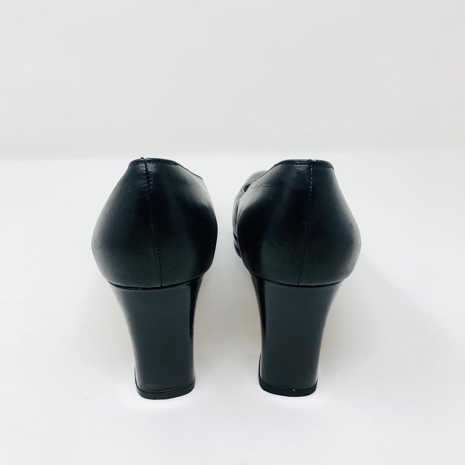 38914dc8af6 Salvatore Ferragamo Black Stacked Heel Pumps. Size  US 9 Narrow (AA ...