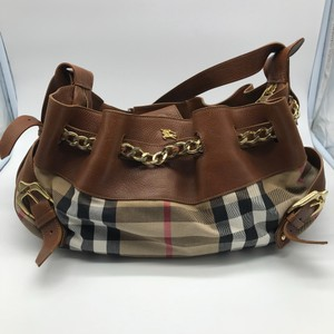 Burberry Margeret Shoulder Chain Nova Satchel in Tan 8cbc61e32e4c6