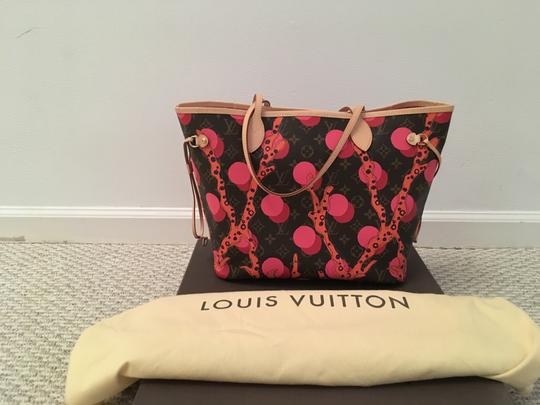 Louis Vuitton Tote in Brown/Coral/Pink/Purple Image 3