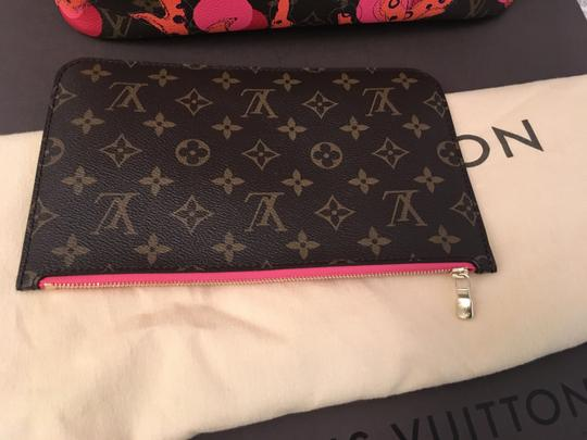 Louis Vuitton Tote in Brown/Coral/Pink/Purple Image 6