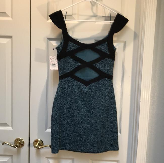 Free People Cut-out Capped Sleeves Lace Trim Stretchy Jacquard Dress Image 5