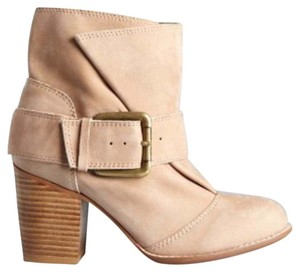 Splendid Suede Buckle Stylish Harness tan Boots