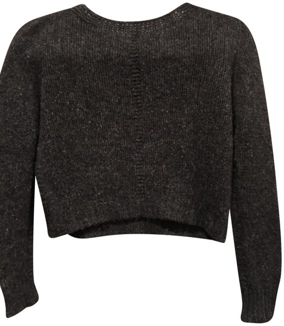 Preload https://img-static.tradesy.com/item/22703757/the-row-charcoal-cropped-crewneck-cashmere-sweaterpullover-size-4-s-0-1-650-650.jpg