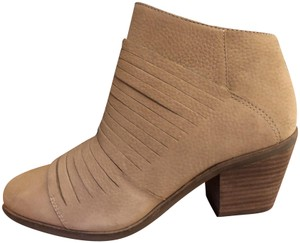 Lucky Brand Fall Slit Tan Boots