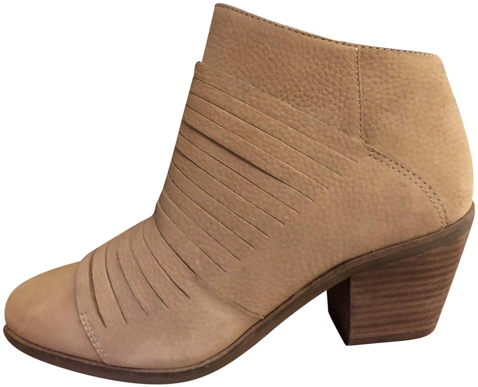 b3b6b9a621d4 Lucky Brand Tan Women s Boots Booties. Size  US 9 Regular (M ...