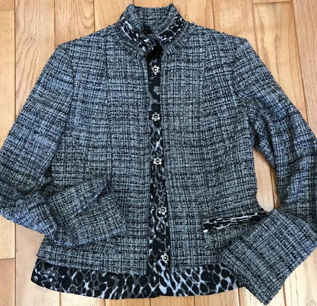 T Tahari Tweed Channel Size 2 And Black, grey, white Blazer