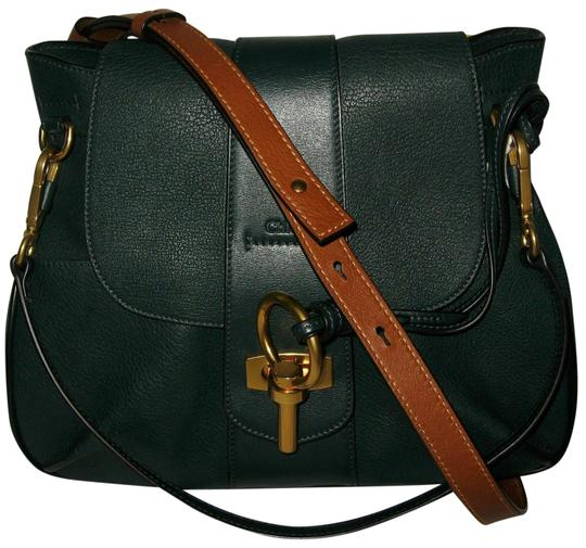 Preload https://img-static.tradesy.com/item/22704046/chloe-lexa-small-satchel-intense-green-leather-shoulder-bag-0-2-540-540.jpg