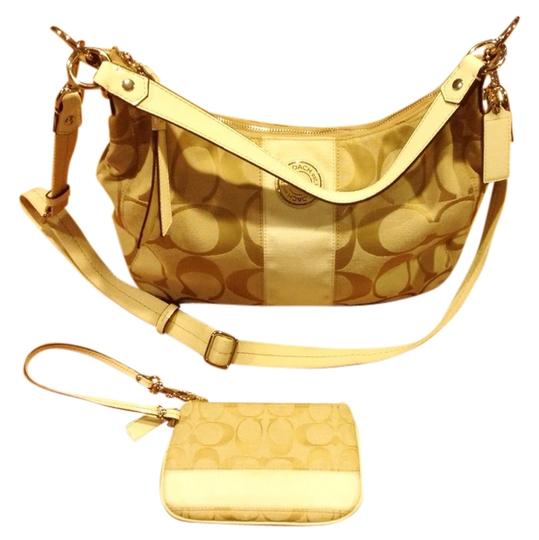 Preload https://item4.tradesy.com/images/coach-carly-cream-satchel-2270408-0-0.jpg?width=440&height=440