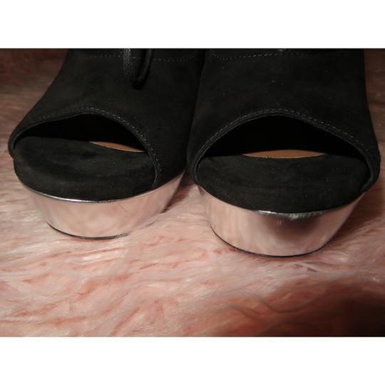 ALAA Black Silver Wedges