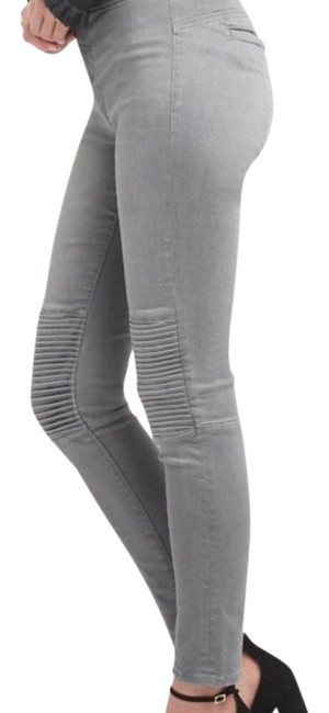 Preload https://img-static.tradesy.com/item/22704612/gap-gray-moto-leggings-skinny-jeans-size-31-6-m-0-1-650-650.jpg