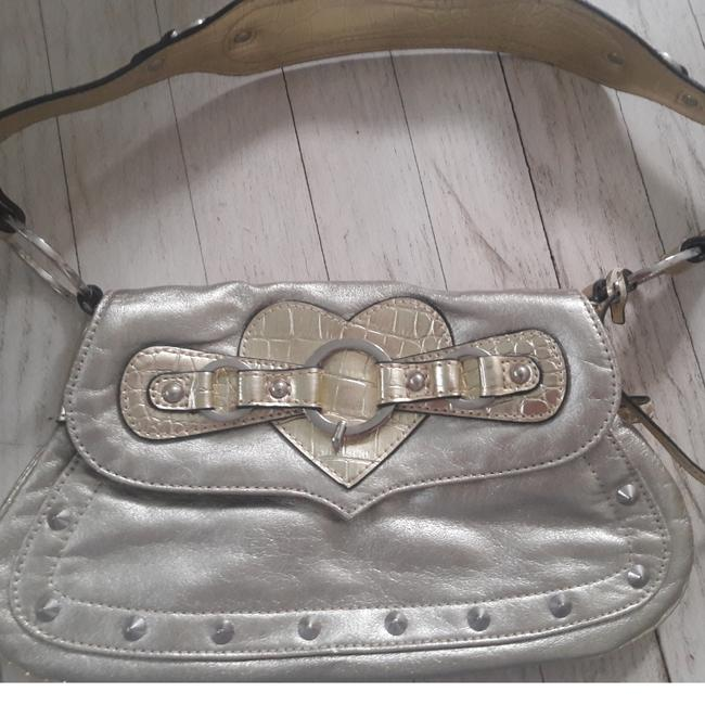 Guess Charlotte Gold Metallic Alligator Embossed Multi Pocketed New Leather Shoulder Bag Guess Charlotte Gold Metallic Alligator Embossed Multi Pocketed New Leather Shoulder Bag Image 1