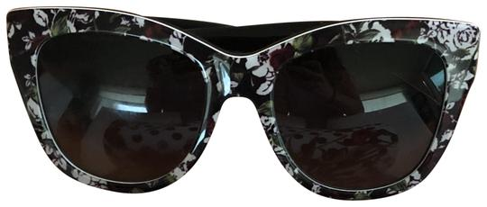 Preload https://img-static.tradesy.com/item/22704806/dolce-and-gabbana-floral-pattern-sunglasses-0-2-540-540.jpg