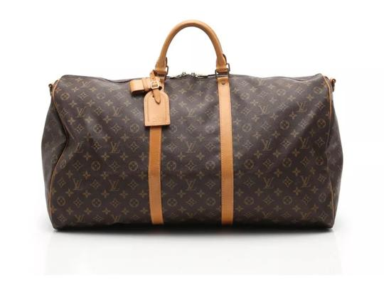 Preload https://item5.tradesy.com/images/louis-vuitton-keepall-60-with-strap-monogram-canvas-leather-weekendtravel-bag-22705109-0-9.jpg?width=440&height=440