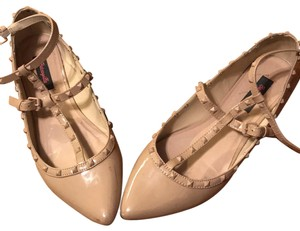 Betseyville by Betsey Johnson Tan Flats