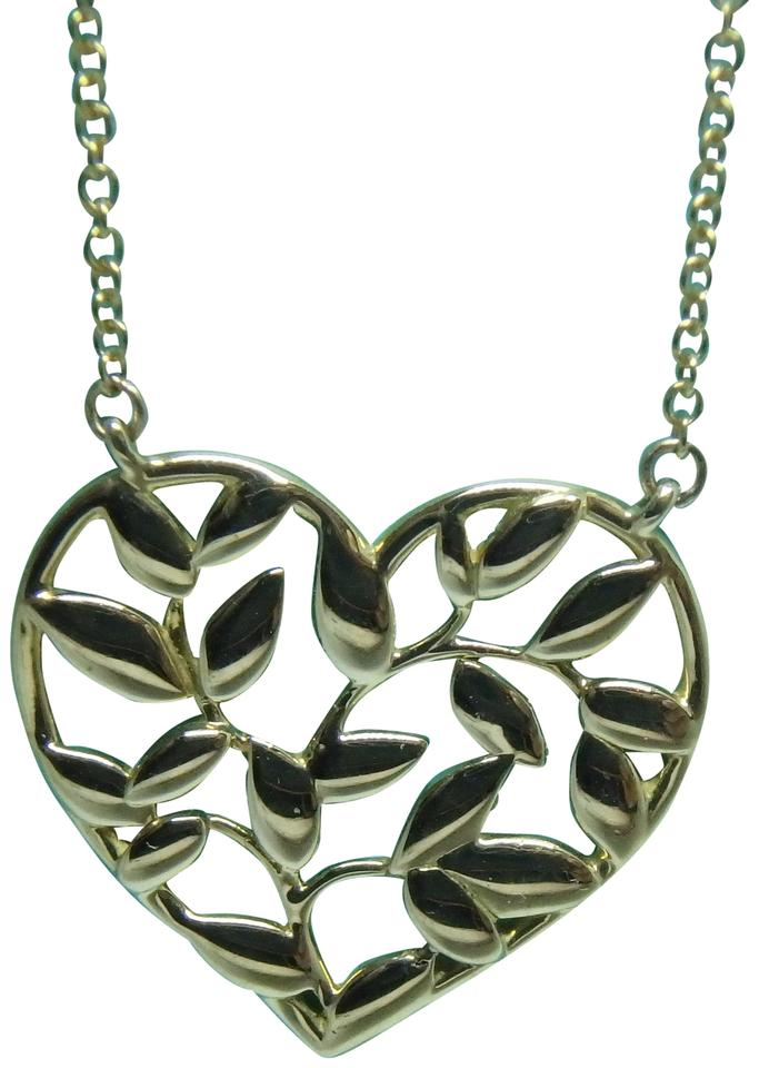 9ee27f10e Tiffany & Co. Paloma Picasso Olive Leaf Heart Pendant In 18k Rose Gold  Image 0 ...