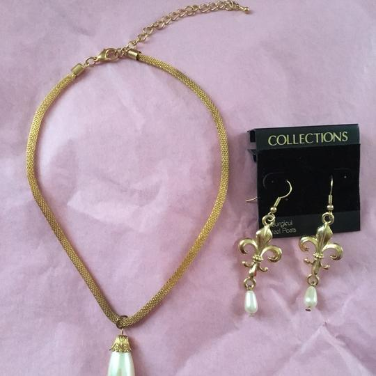 Unique Vintage Pearl drop Necklace & Earrings