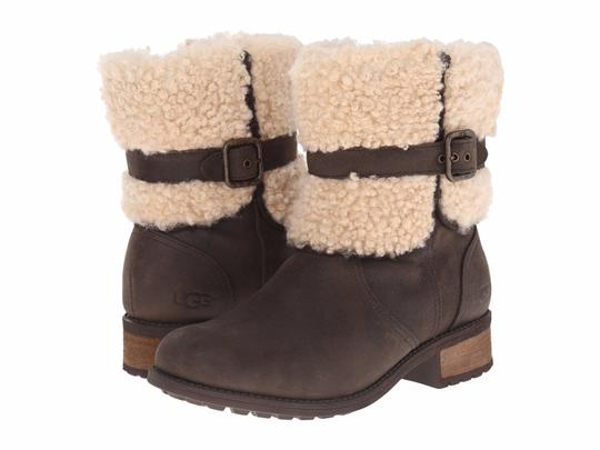 Preload https://img-static.tradesy.com/item/22705563/ugg-australia-lodge-women-s-buckle-sheepskin-collared-1008220-bootsbooties-size-us-5-regular-m-b-0-0-540-540.jpg