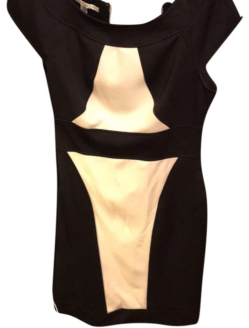 Preload https://img-static.tradesy.com/item/22705585/maggy-london-black-and-white-mid-length-workoffice-dress-size-8-m-0-1-650-650.jpg