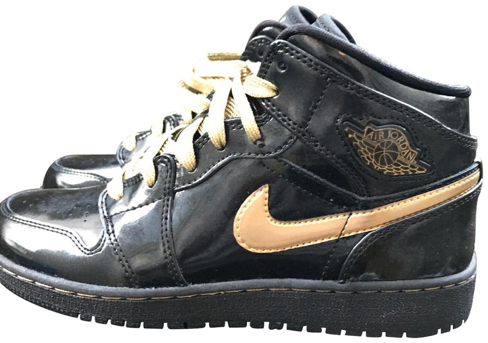 separation shoes 6be74 353a5 Air Jordan Black / Metallic Gold 1 Phat Sneakers Size US 5 Regular (M, B)  9% off retail