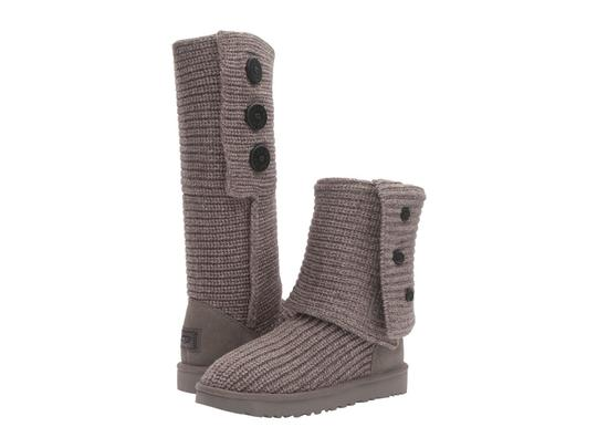 Preload https://img-static.tradesy.com/item/22706107/ugg-australia-grey-women-s-classic-cardy-knit-1016555-bootsbooties-size-us-9-regular-m-b-0-0-540-540.jpg